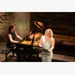 <p>July 3rd, Angela Hewitt & Ilona Domnich in Magione</p><br/>