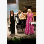 <p>Angela and Anne Sofie take a final bow</p><br/>
