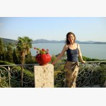 <p>Angela on the terrace of the Villa Schnabl in Monte del Lago</p><br/>